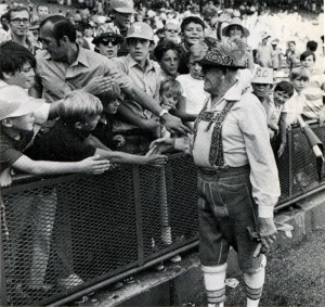 Milt Mason greeting fans at County Stadium